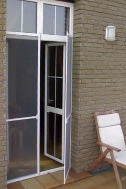 москитные сетки москитная сетка на дверь 7(926)990-23-23 с 9:00 до 22:00