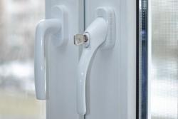 ручка с ключом защита пластиковых окон (ключ) 7(926)990-23-23 с 9:00 до 22:00